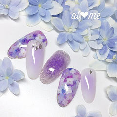 圆形紫色手绘花朵腮红甲日式美甲图片