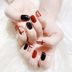 圆形红色黑色裸色格纹跳色美甲图片