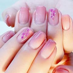 方圆形粉色渐变干花ins美图分享,想学美甲咨询微信mjbyxs6哦~美甲图片