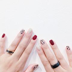 方圆形红色银色手绘豹纹跳色美甲图片