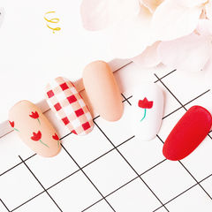圆形红色裸色白色手绘花朵格纹磨砂美甲帮研习社北京、成都、哈尔滨校区学员作品,想学美甲咨询微信mjbyxs3哦~美甲图片