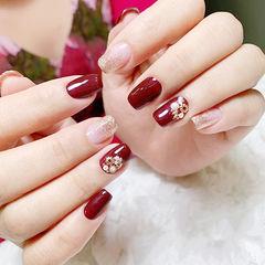 方圆形红色银色渐变珍珠新娘美甲图片