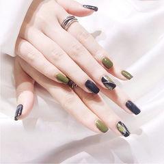 方圆形绿色黑色手绘跳色美甲图片