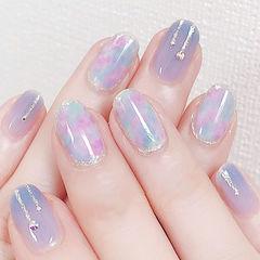 圆形蓝色紫色粉色晕染美甲图片