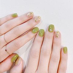 方圆形绿色金属饰品美甲图片