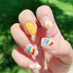 方圆形黄色白色红色手绘彩虹波点鸡蛋夏天美甲图片