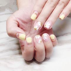 方圆形黄色白色金银线圆法式手绘雏菊美甲图片