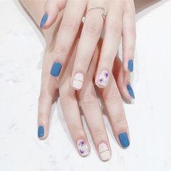 方圆形蓝色白色金银线手绘花朵跳色美甲图片