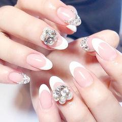 圆形白色法式钻珍珠新娘想学习这么好看的美甲吗?可以咨询微信mjbyxs3哦~美甲图片