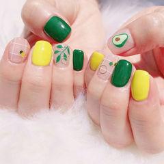 方圆形黄色绿色手绘树叶水果牛油果跳色夏天美甲图片