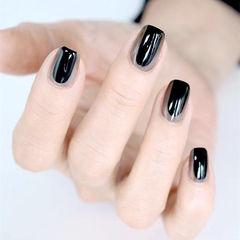 方圆形黑色灰色手绘简约想学习这么好看的美甲吗?可以咨询微信mjbyxs3哦~美甲图片