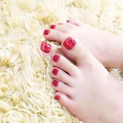 脚部红色新娘显白想学习这么好看的美甲吗?可以咨询微信mjbyxs3哦~美甲图片