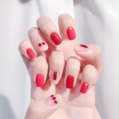 方圆形红色裸色钻想学习这么好看的美甲吗?可以咨询微信mjbyxs3哦~美甲图片