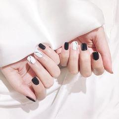 方圆形黑色白色石纹简约想学习这么好看的美甲吗?可以咨询微信mjbyxs3哦~美甲图片