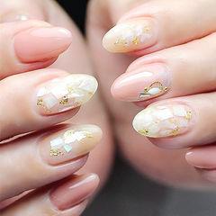 圆形粉色贝壳片金箔想学习这么好看的美甲吗?可以咨询微信mjbyxs3哦~美甲图片