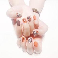 方圆形橙色棕色裸色手绘树叶跳色想学习这么好看的美甲吗?可以咨询微信mjbyxs3哦~美甲图片