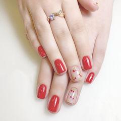 方圆形红色手绘水果樱桃夏天想学习这么好看的美甲吗?可以咨询微信mjbyxs3哦~美甲图片