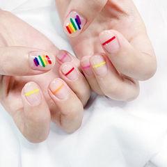 圆形红色黄色粉色手绘彩虹夏天线条想学习这么好看的美甲吗?可以咨询微信mjbyxs3哦~美甲图片
