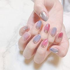 圆形蓝色粉色银色晕染想学习这么好看的美甲吗?可以咨询微信mjbyxs3哦~美甲图片