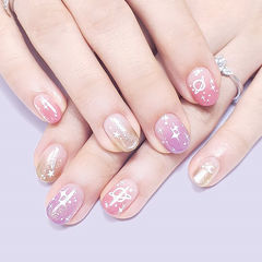 圆形金色粉色紫色渐变星空想学习这么好看的美甲吗?可以咨询微信mjbyxs6哦~美甲图片