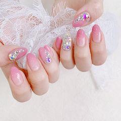圆形粉色渐变钻想学习这么好看的美甲吗?可以咨询微信mjbyxs6哦~美甲图片