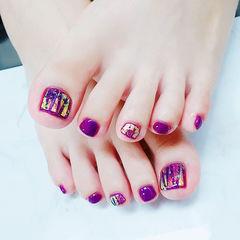 脚部紫色碎玻璃想学习这么好看的美甲吗?可以咨询微信mjbyxs6哦~美甲图片