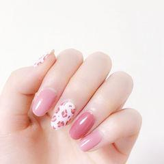 圆形粉色手绘豹纹想学习这么好看的美甲吗?可以咨询微信mjbyxs6哦~美甲图片