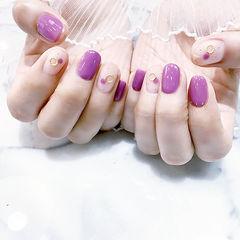圆形紫色裸色波点想学习这么好看的美甲吗?可以咨询微信mjbyxs6哦~美甲图片