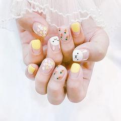 方圆形黄色白色手绘可爱兔子圆法式亮片想学习这么好看的美甲吗?可以咨询微信mjbyxs6哦~美甲图片