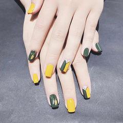 方圆形黄色绿色金属饰品跳色夏天美甲图片
