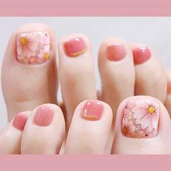 脚部粉色手绘花朵想学习这么好看的美甲吗?可以咨询微信mjbyxs6哦~美甲图片