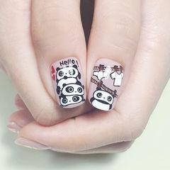 方圆形黑色白色棕色手绘熊猫可爱想学习这么好看的美甲吗?可以咨询微信mjbyxs6哦~美甲图片