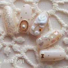 圆形裸色银色贝壳片雕花金属饰品美甲图片