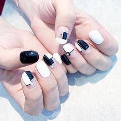 圆形黑色白色法式钻美甲图片