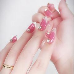 尖形玫红色钻透明法式日式新娘美甲图片