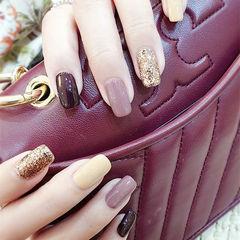 方圆形紫色黄色金色棕色跳色美甲图片