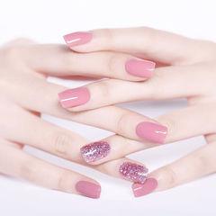 方圆形粉色简约纯色上班族美甲图片