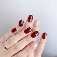 圆形红色裸色金属饰品简约新娘美甲图片