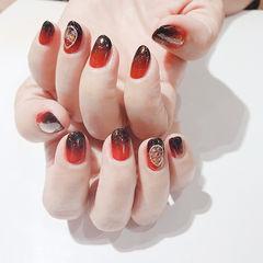 圆形红色黑色渐变贝壳片想学习这么好看的美甲吗?可以咨询微信mjbyxs6哦~美甲图片