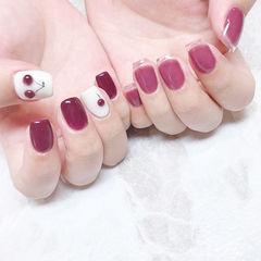 方圆形玫红色手绘水果樱桃透明法式美甲图片