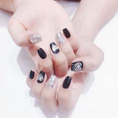 方圆形黑色银色心形钻美甲图片