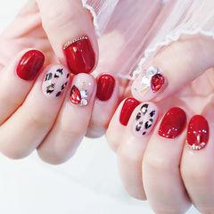 圆形红色黑色手绘豹纹金箔钻美甲图片