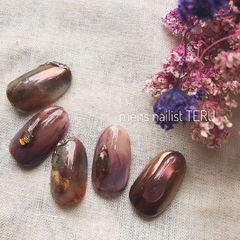 圆形棕色紫色手绘晕染美甲图片