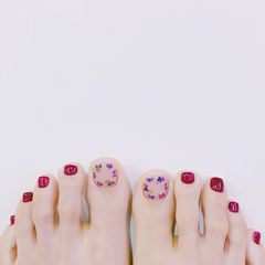 脚部红色干花想学习这么好看的美甲吗?可以咨询微信mjbyxs6哦~美甲图片