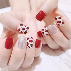 方圆形红色白色银色豹纹跳色美甲图片
