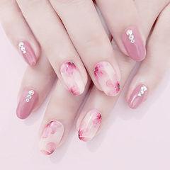 方圆形粉色花朵手绘钻想学习这么好看的美甲吗?可以咨询微信mjbyxs6哦~美甲图片