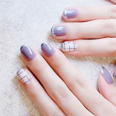 圆形紫色白色格子法式美甲图片