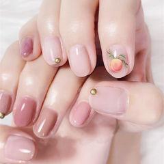 圆形粉色手绘水果蜜桃想学习这么好看的美甲吗?可以咨询微信mjbyxs6哦~美甲图片