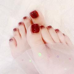 脚部红色金属饰品新娘显白美甲图片