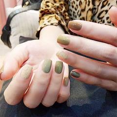 方圆形绿色棕色跳色秋天美甲图片